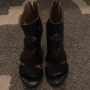 Aldo black wedge size 37 ( 6.5-7)